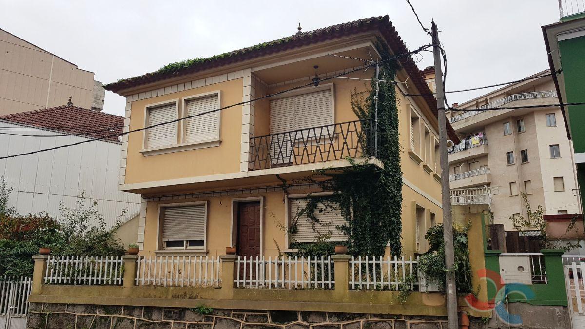 Venta de casa en Cangas