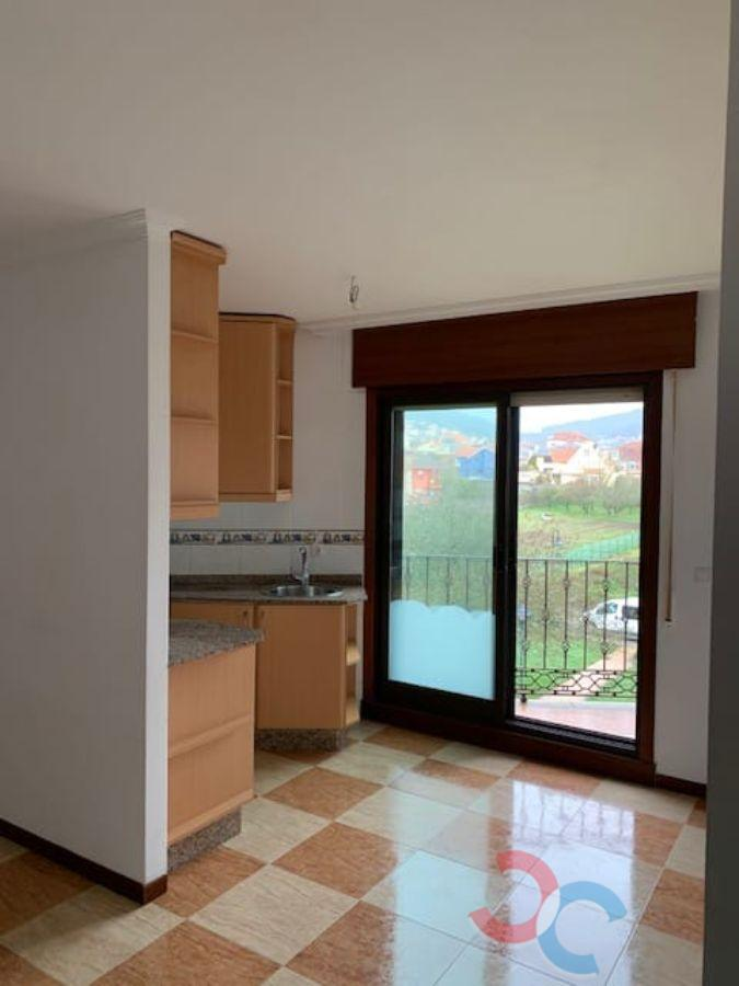 For sale of apartment in Cangas