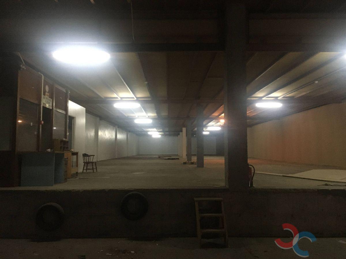 Alquiler de nave industrial en Moraña