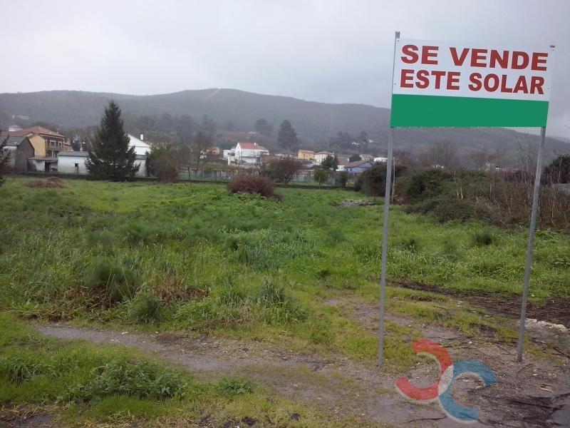 Venta de terreno en Pontecesures