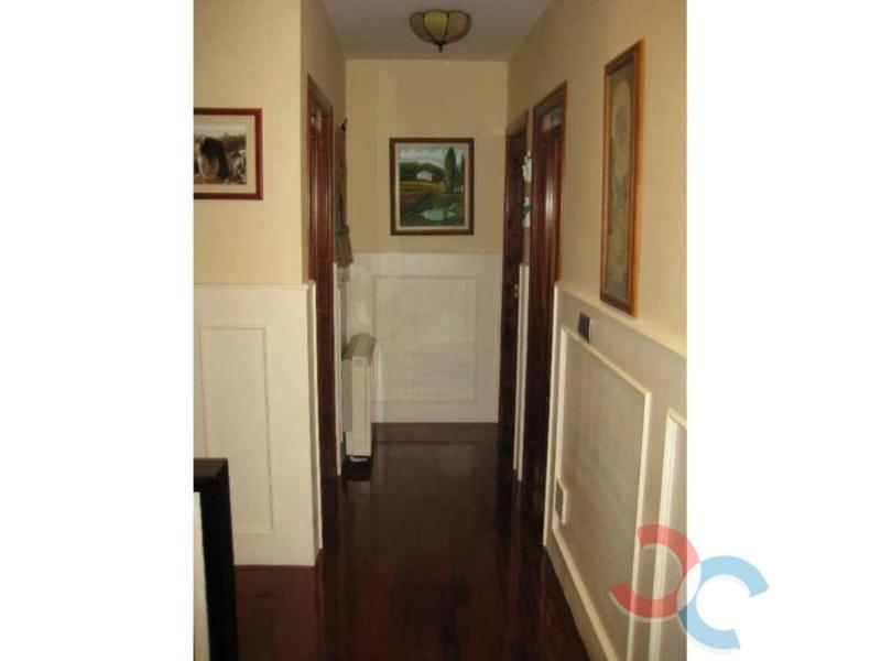 For sale of house in Cangas