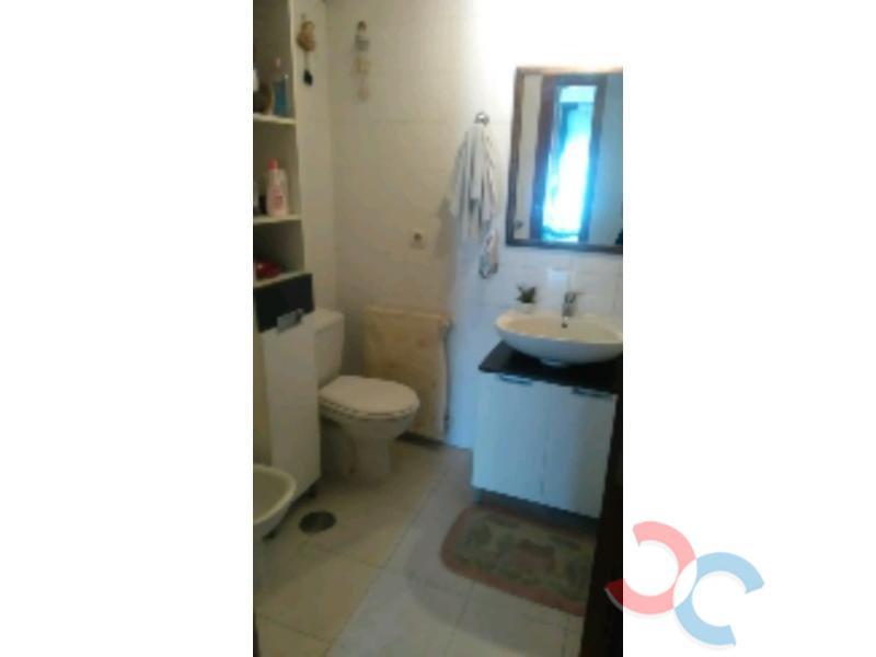 For sale of flat in Caldas de Reis