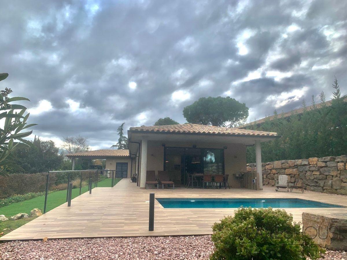 For sale of villa in Navata