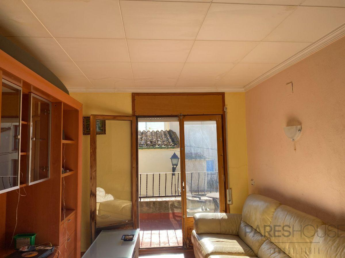 For sale of house in Palau-Saverdera