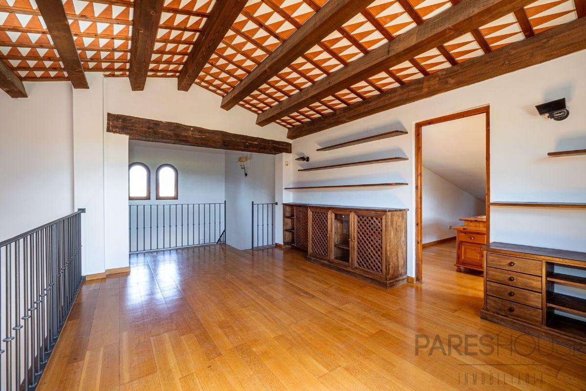 For sale of villa in Peralada