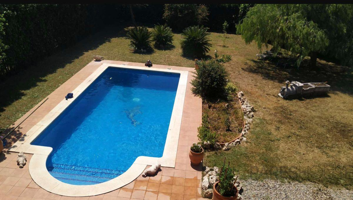 For sale of chalet in Peralada