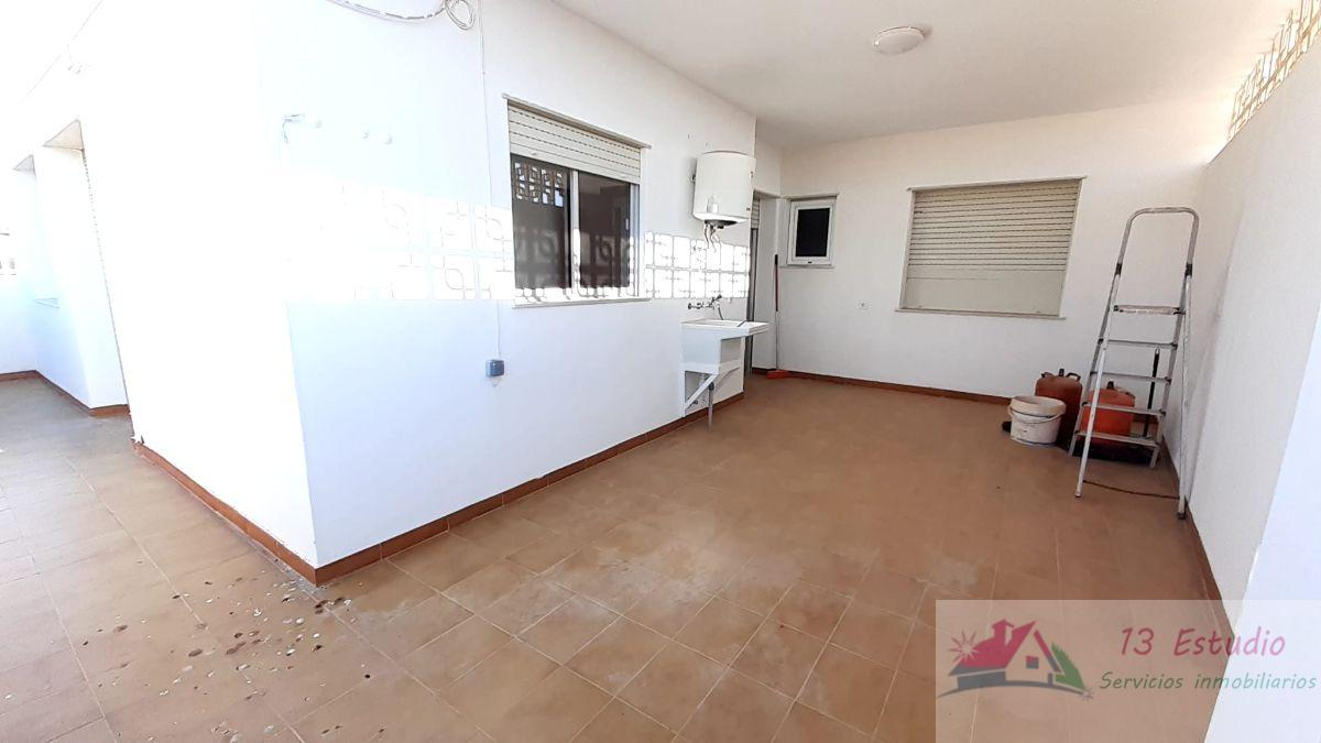 For sale of building in Cartagena