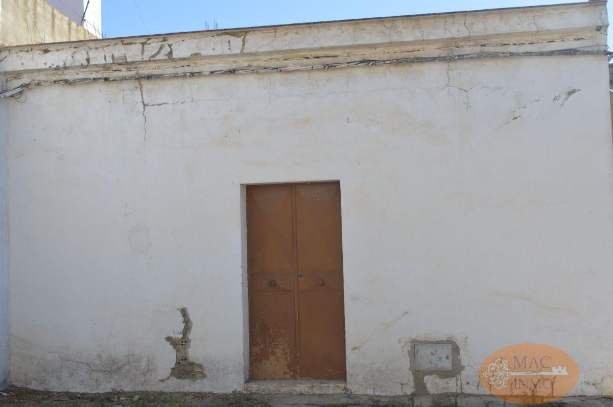 For sale of land in Puerto Serrano