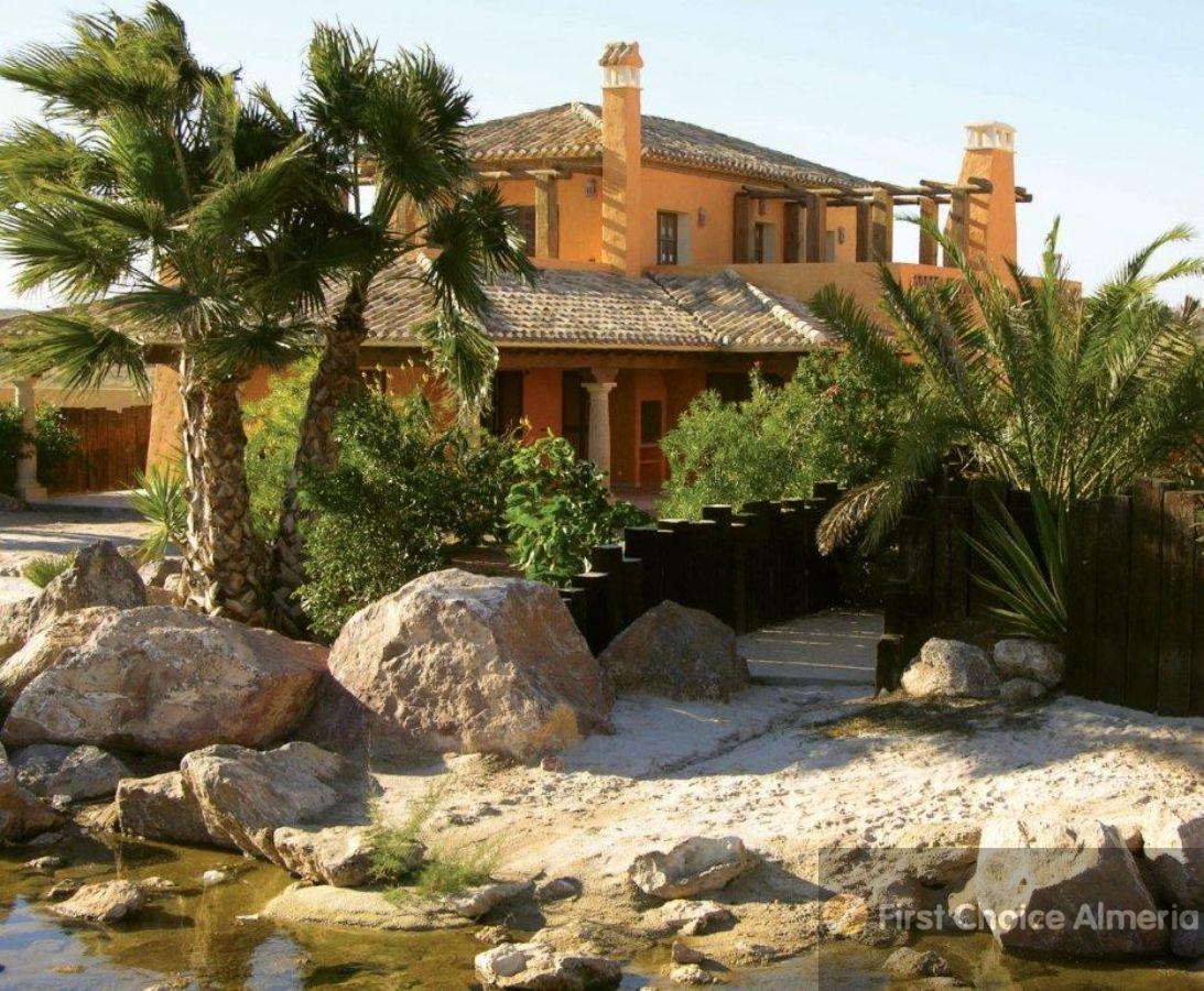For sale of villa in Cuevas del Almanzora