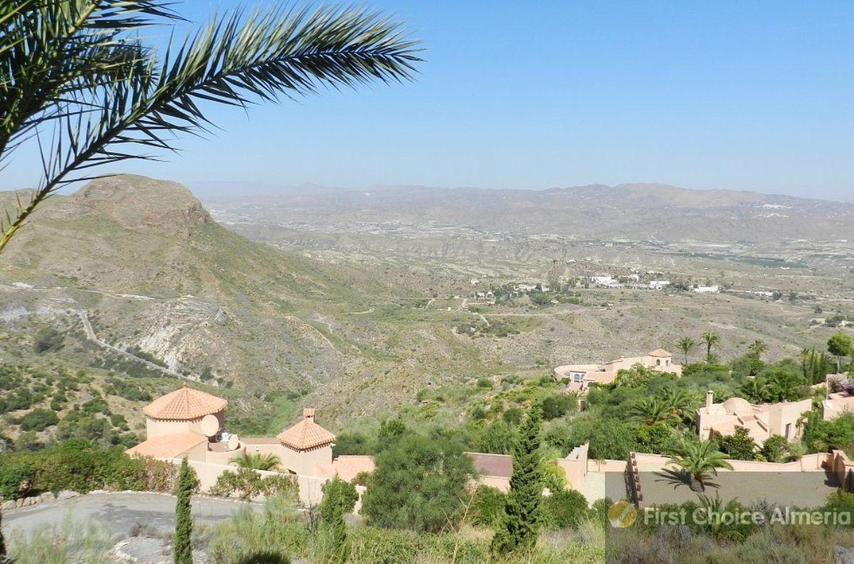 For sale of villa in Turre