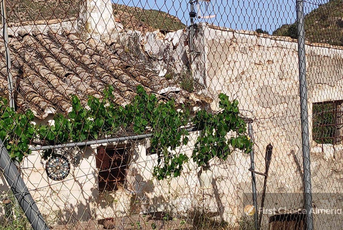 Venta de finca rústica en Bédar