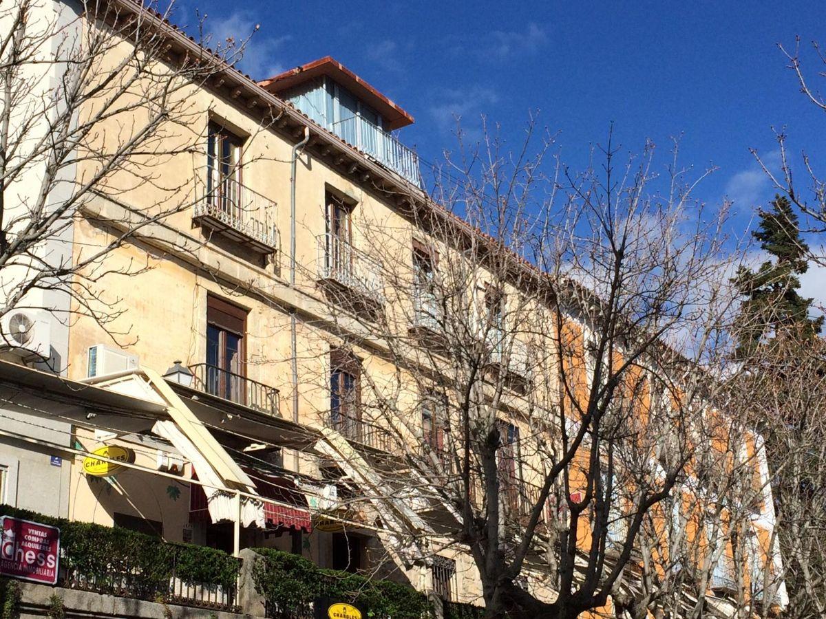 For sale of penthouse in San Lorenzo de El Escorial