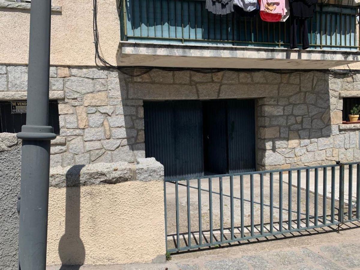 For sale of garage in San Lorenzo de El Escorial
