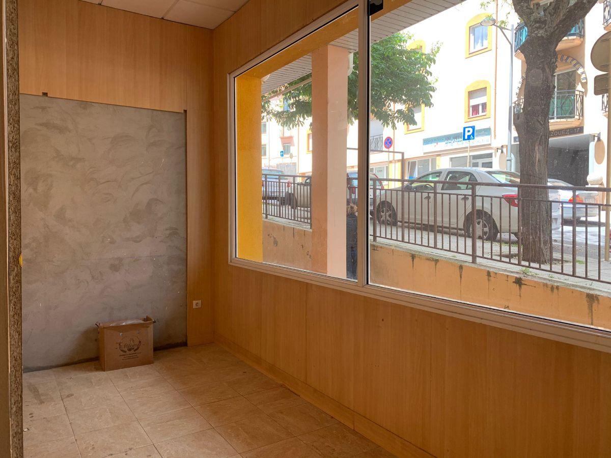 For rent of commercial in San Lorenzo de El Escorial