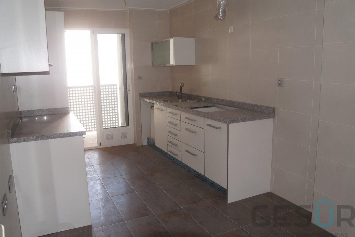 For sale of penthouse in Elche-Elx