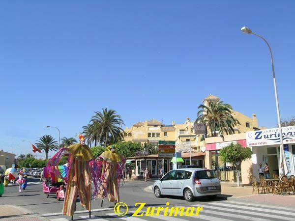 Zu verkaufen von chalet in  Roquetas de Mar