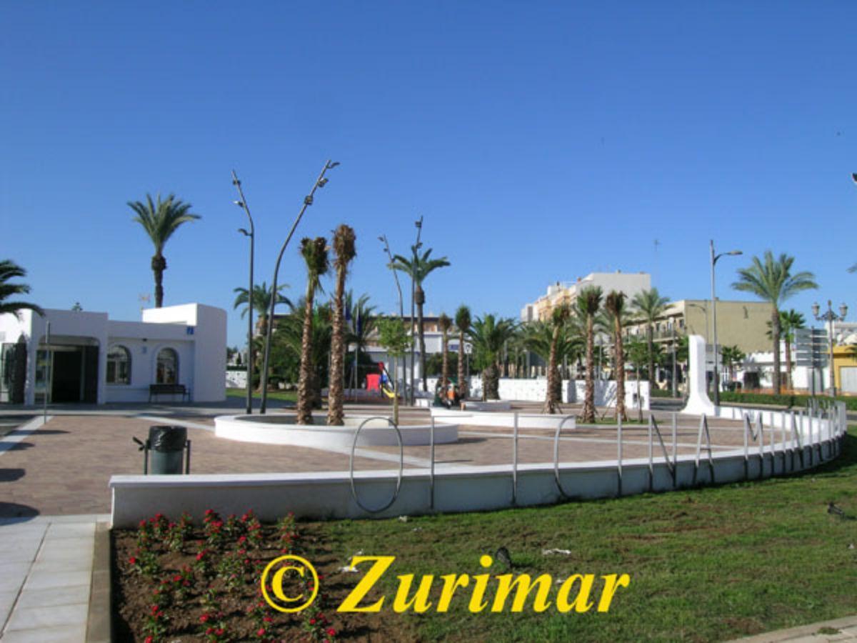 Vente de local commercial dans Roquetas de Mar