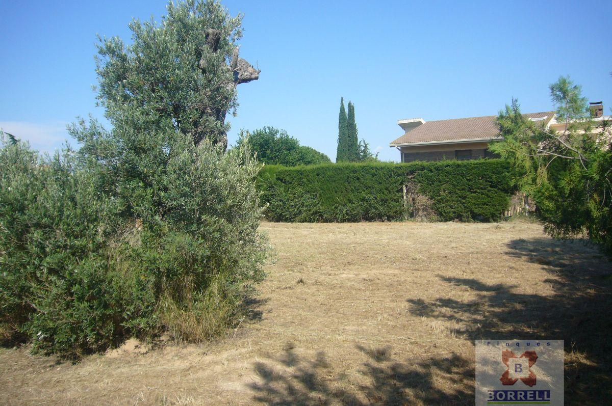 For sale of land in Lleida