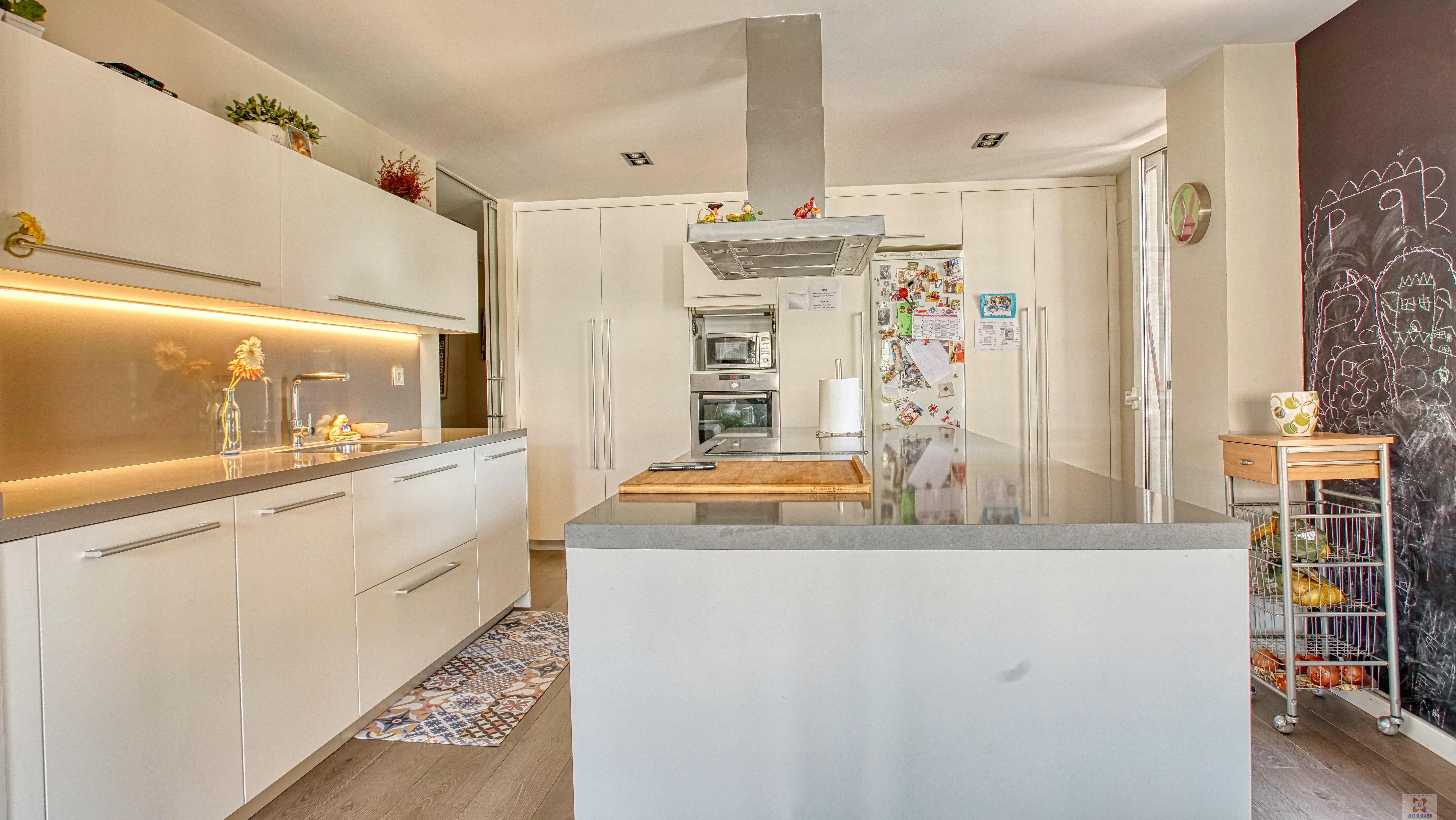 For sale of flat in Lleida
