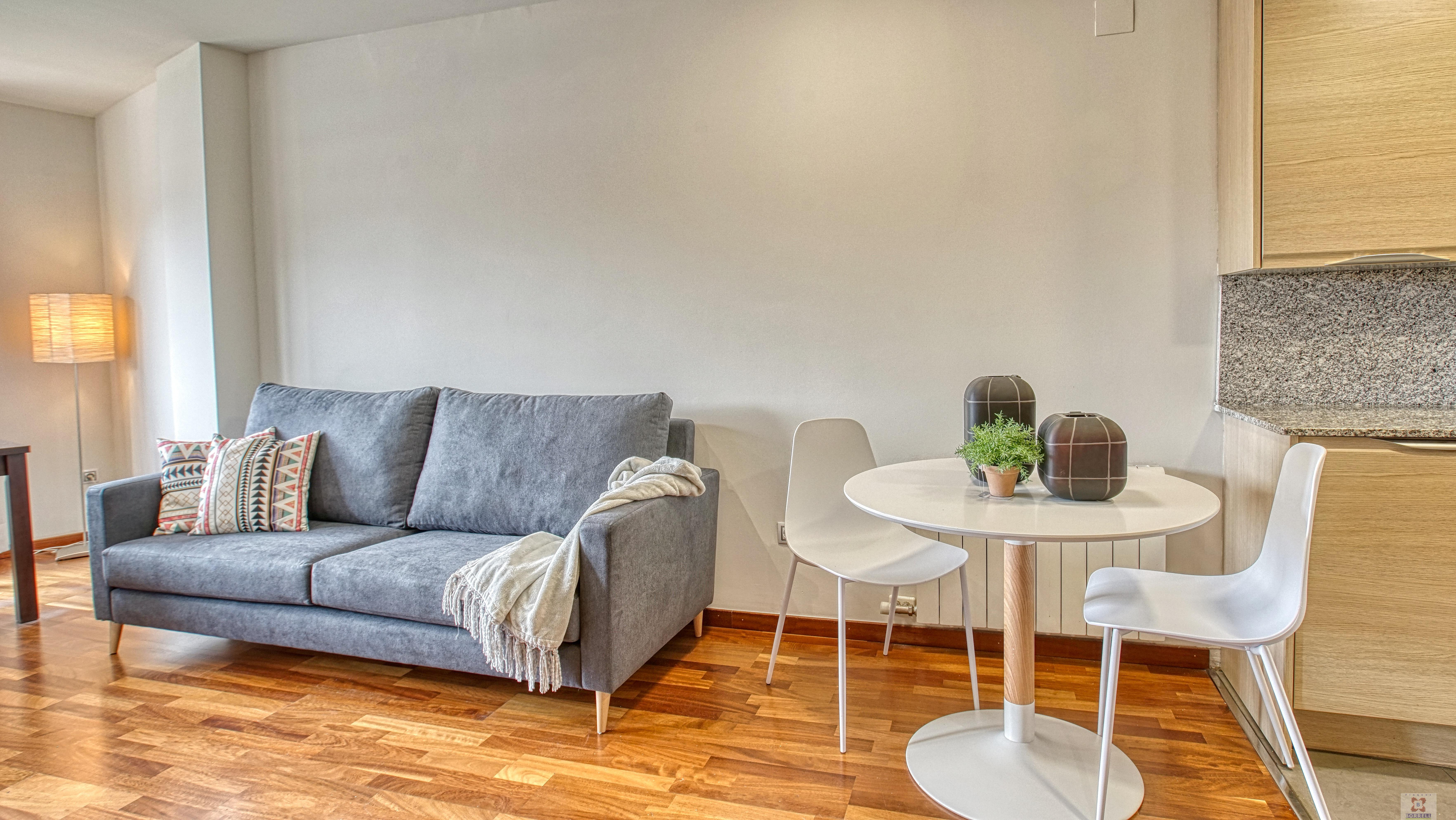 For rent of apartment in Lleida