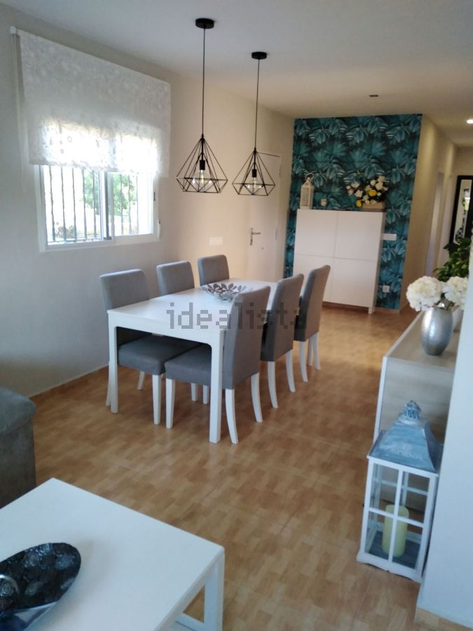 For sale of chalet in Pobla de Vallbona