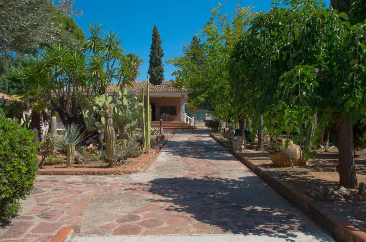 For sale of chalet in Eliana l