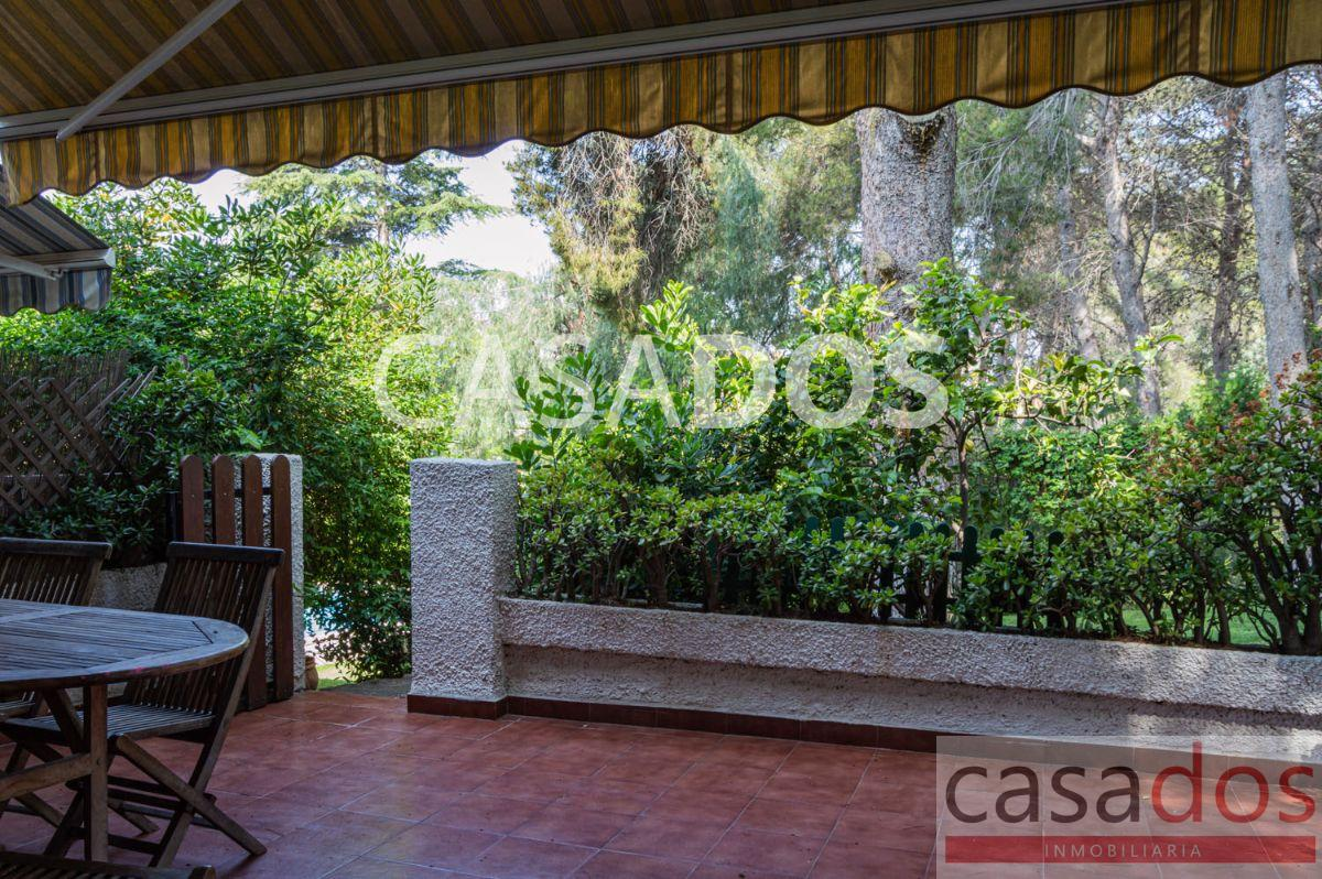 For sale of chalet in Paterna