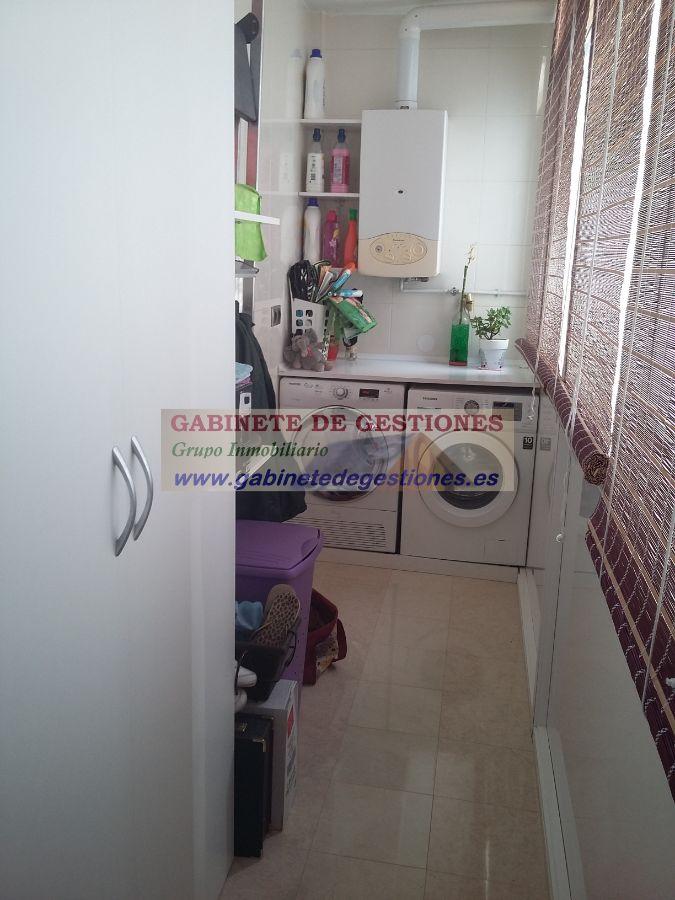 For sale of duplex in La Roda
