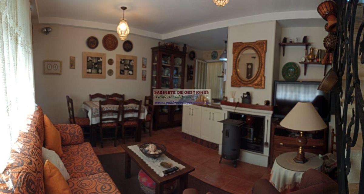 For sale of duplex in Villalgordo del Júcar