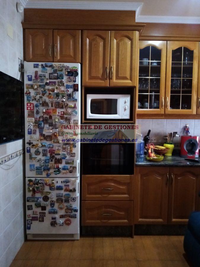 For sale of chalet in La Roda
