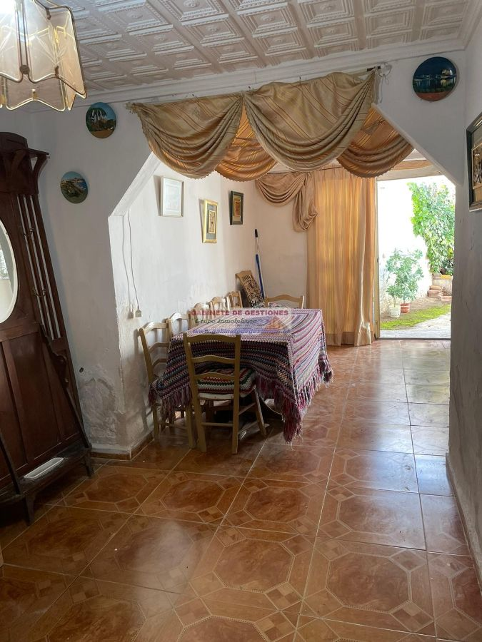 For sale of house in Mahora