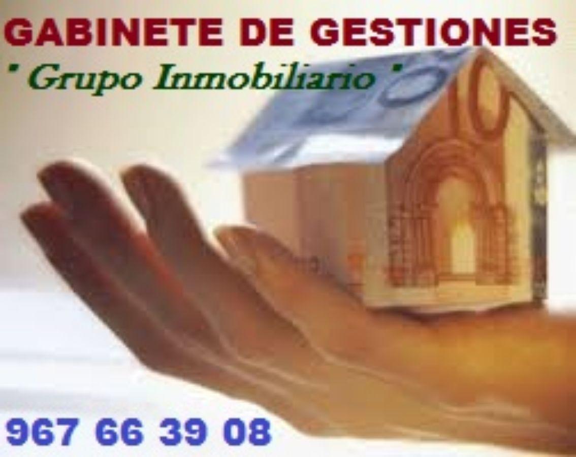 For sale of garage in Albacete