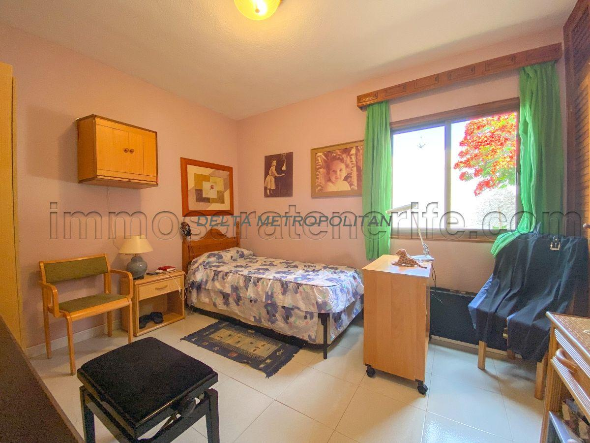 For sale of semidetached in Arona