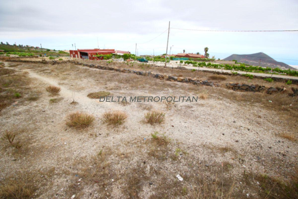 For sale of land in San Miguel de Abona
