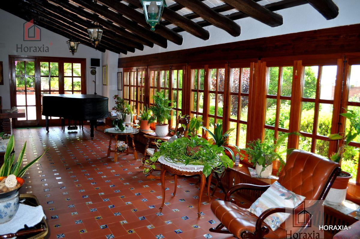 For sale of masia in Castelldefels