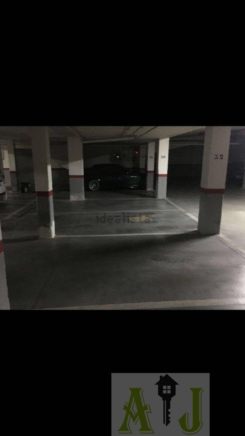 For sale of garage in Madrid