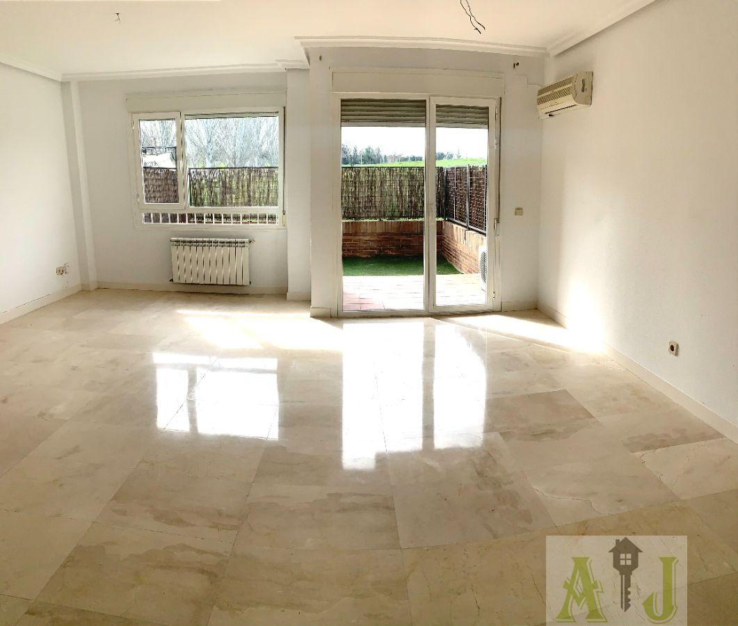 For sale of house in Madrid