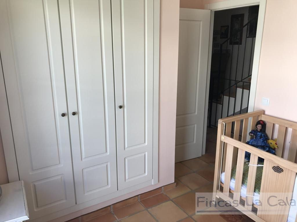 For sale of house in Finestrat