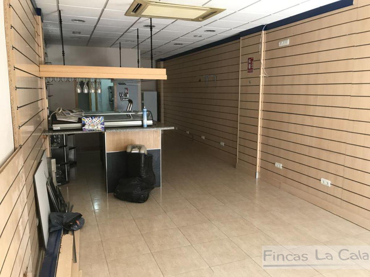 For sale of commercial in Finestrat