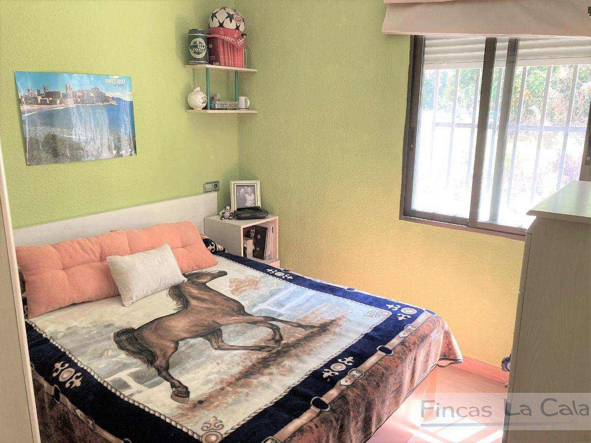 For sale of chalet in Finestrat