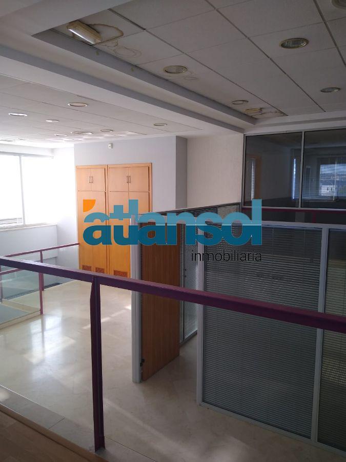 For rent of building in El Puerto de Santa María
