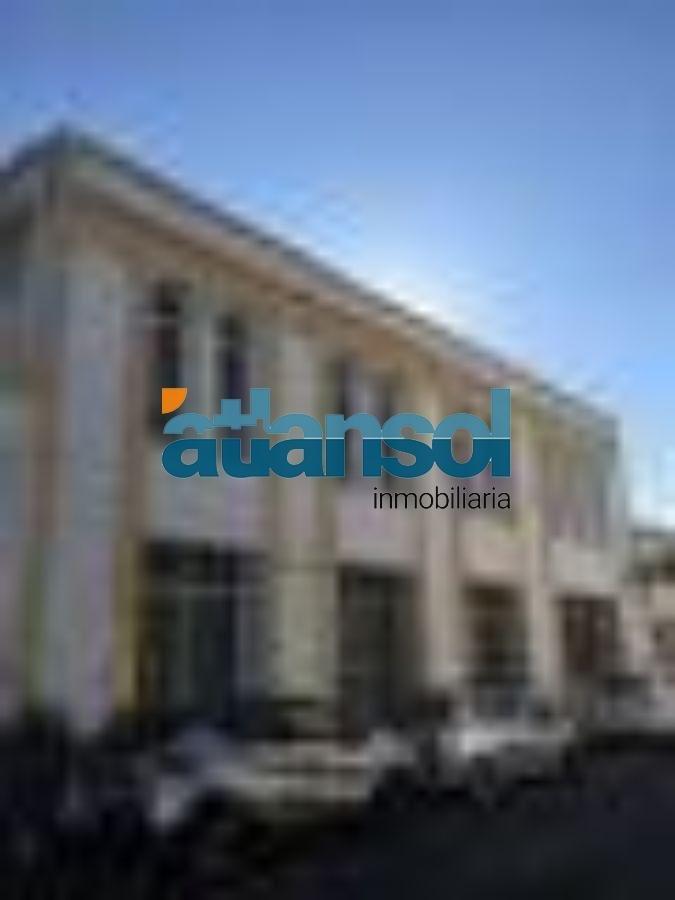 For rent of commercial in El Puerto de Santa María