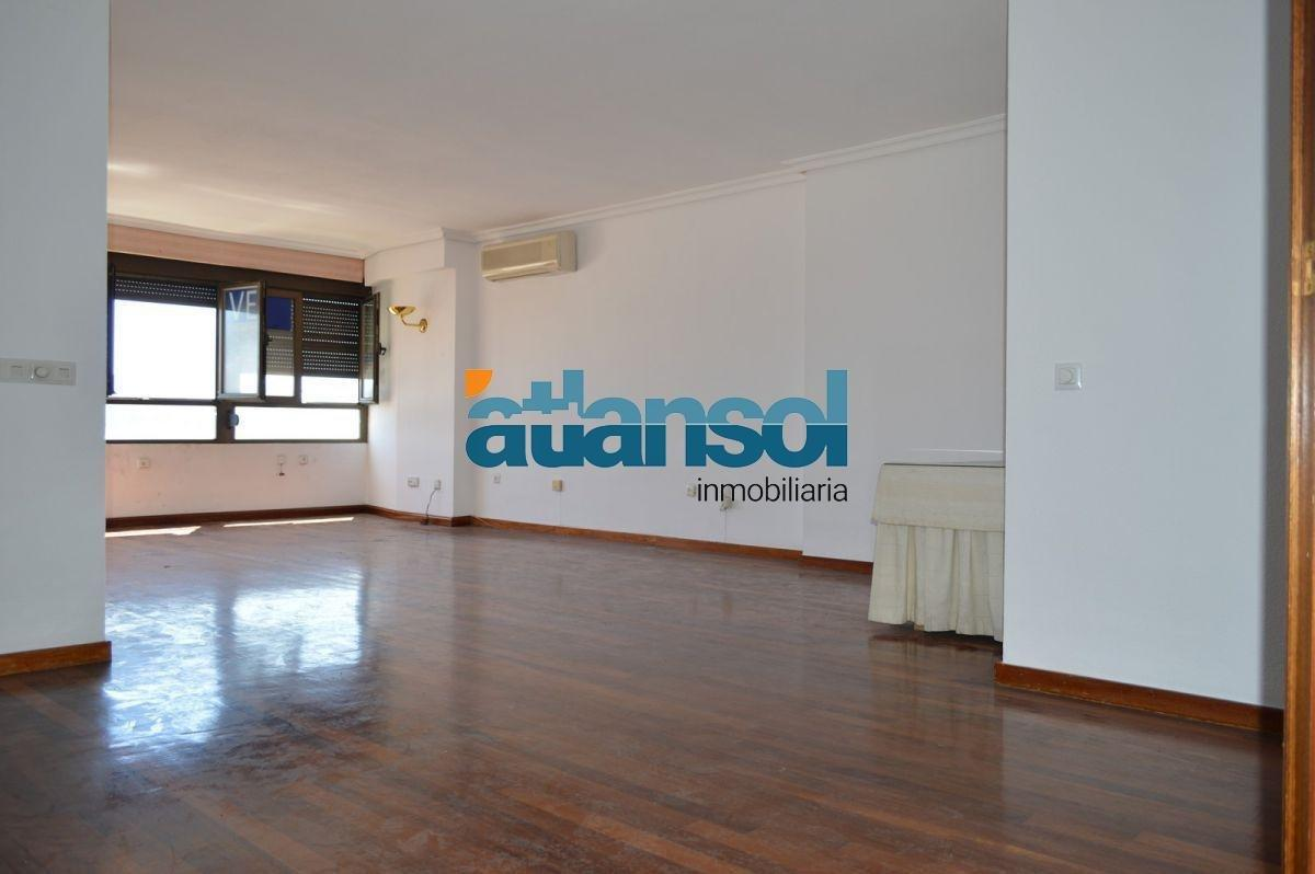 For sale of flat in Algeciras