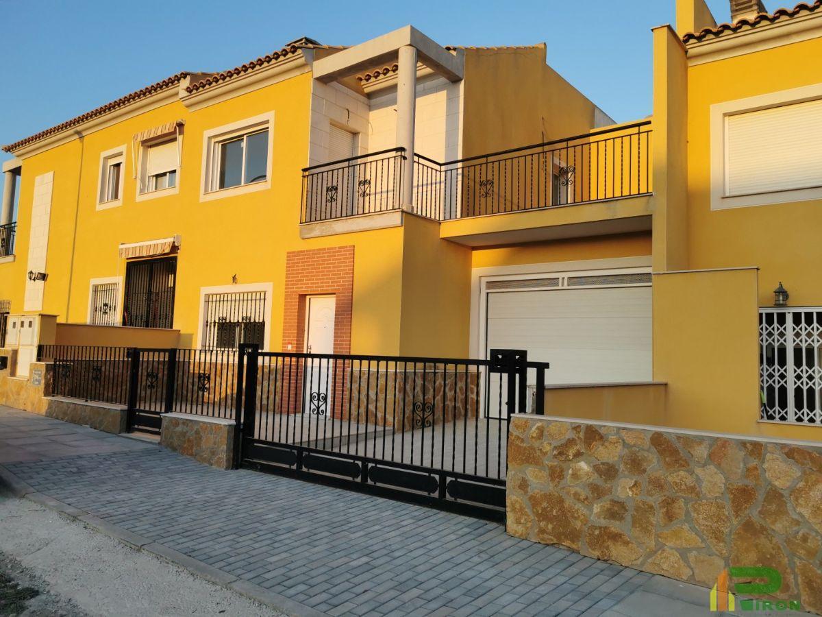 For sale of duplex in La Hoya de Lorca