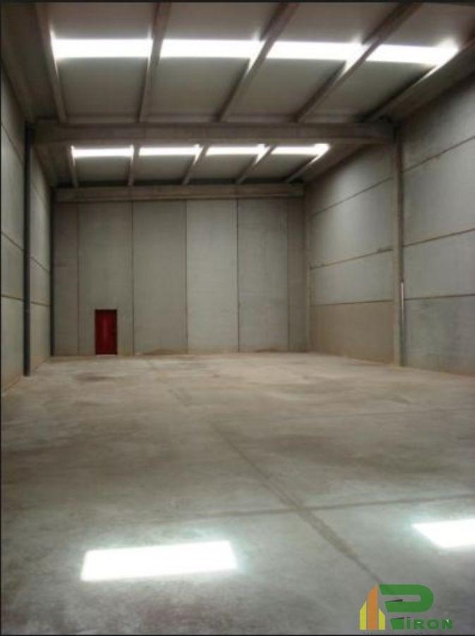 For sale of industrial plant/warehouse in La Hoya de Lorca