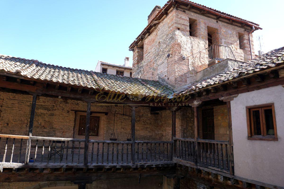 For sale of building in Segovia