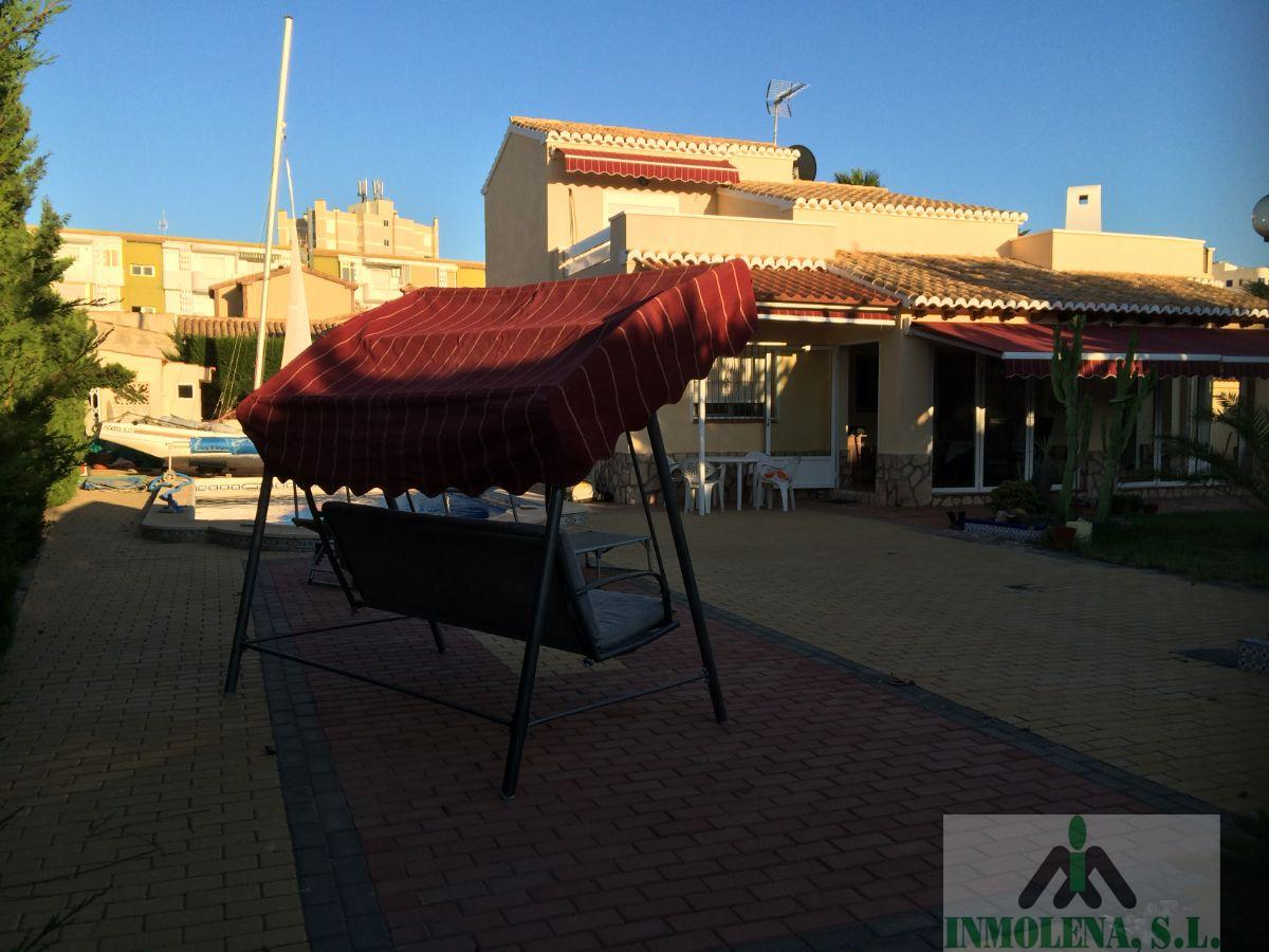 For sale of chalet in La Manga del Mar Menor