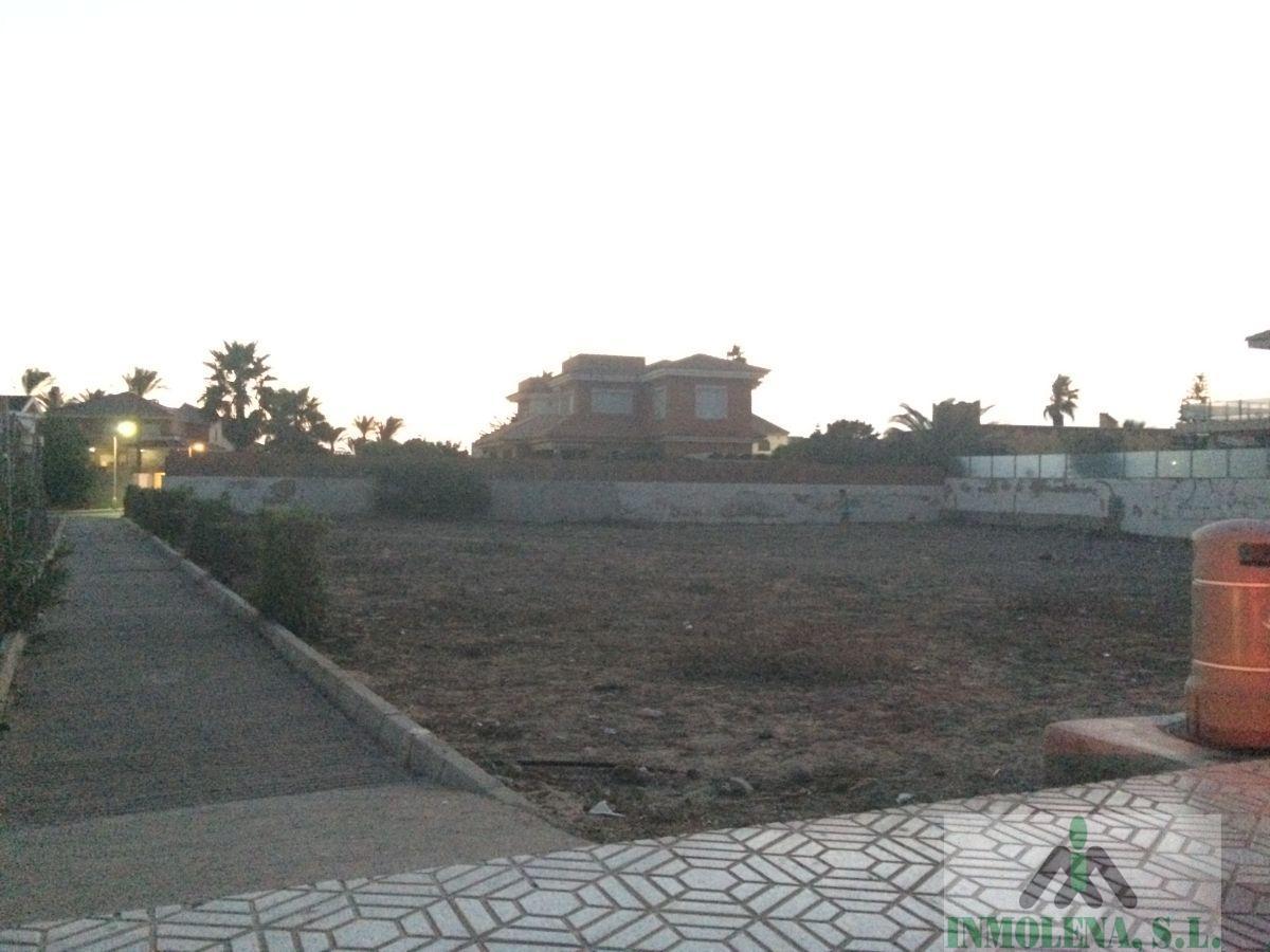 Venta de terreno en La Manga del Mar Menor