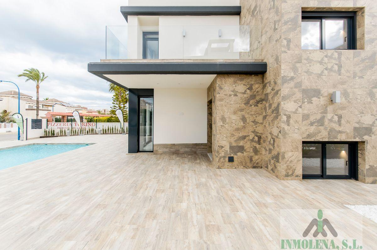 For sale of new build in Cartagena