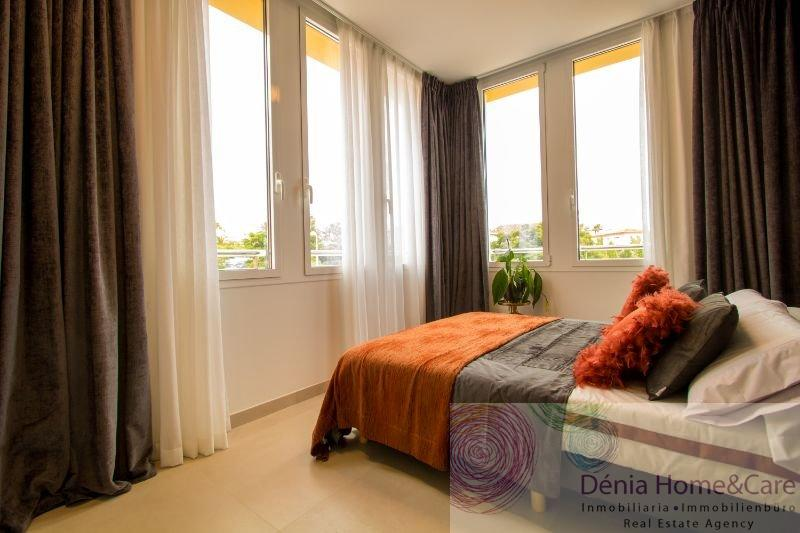 For sale of duplex in Dénia